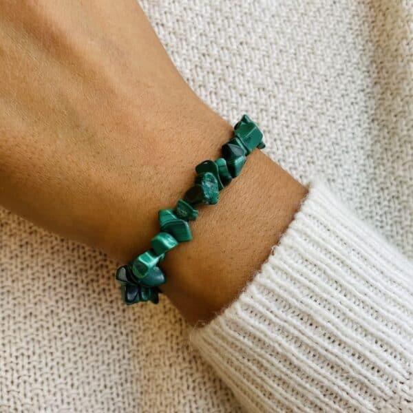 bracelet elastic'chips porté malachite