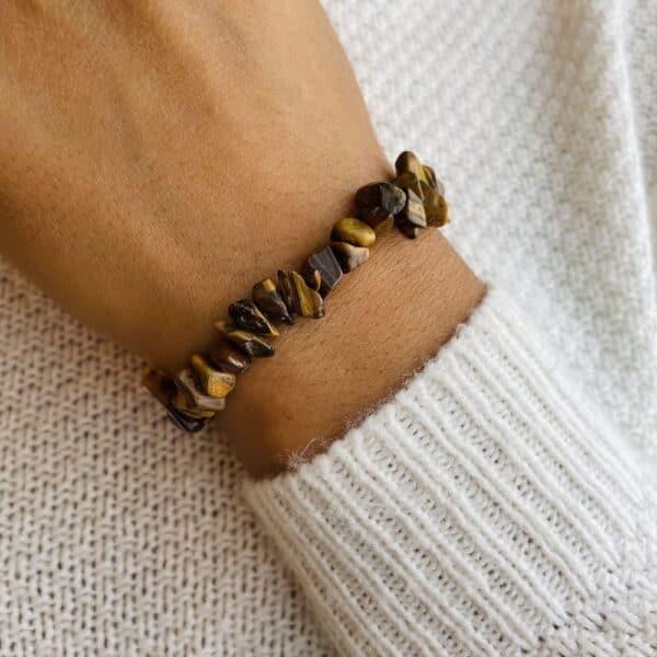 bracelet elastic'chips porté oeil de tigre