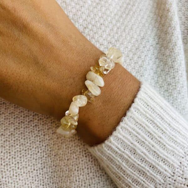 bracelet elastic'chips porté citrine
