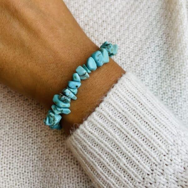 bracelet elastic'chips porté turquoise
