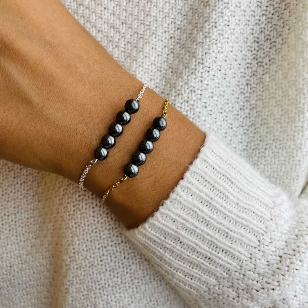 bracelet pentaperle porté double hématite