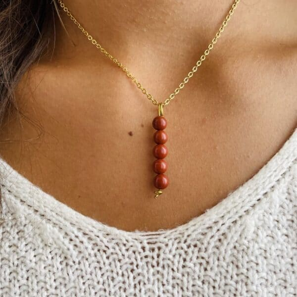 Collier penta vertical or jaspe rouge