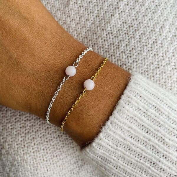 bracelet uniperle porté double quartz rose