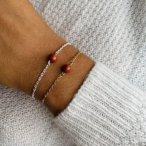 bracelet uniperle porté double jaspe rouge